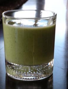 spinach, pear and kale smoothie